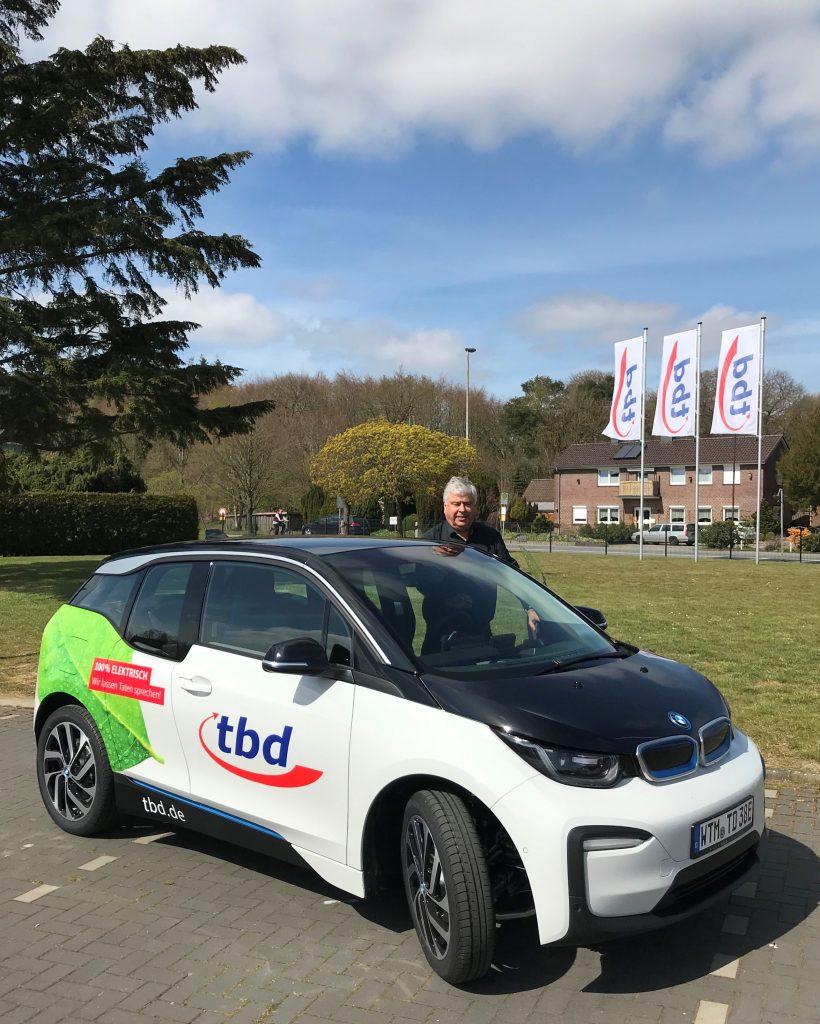 Geschäftsführer Herr Eschen mit neuem BMWi3